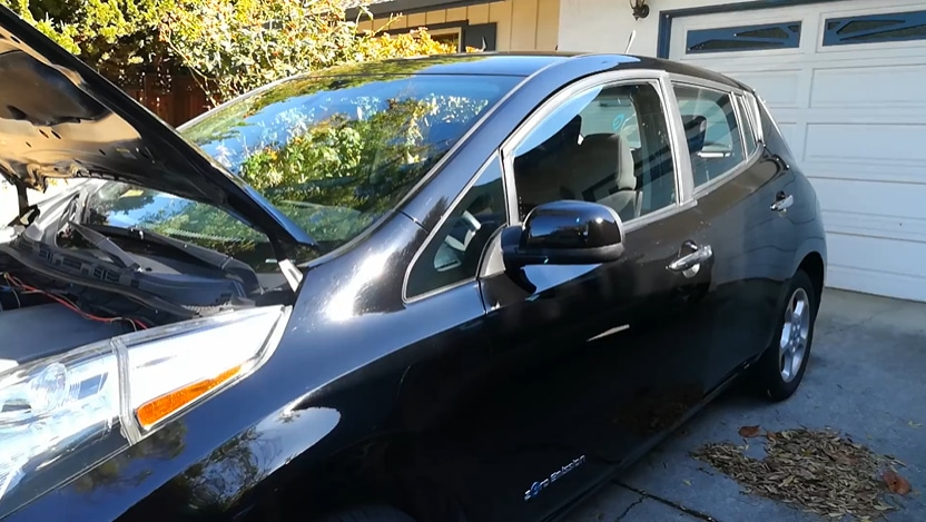 Nissan leaf with hood open