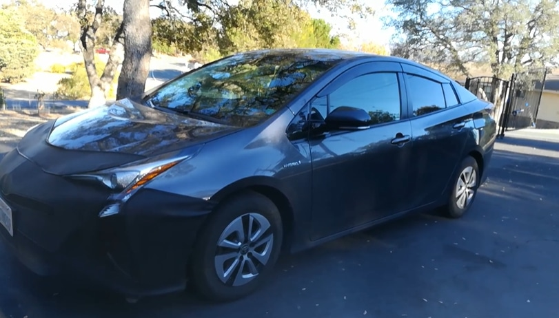 2016 Toyota prius with front bra